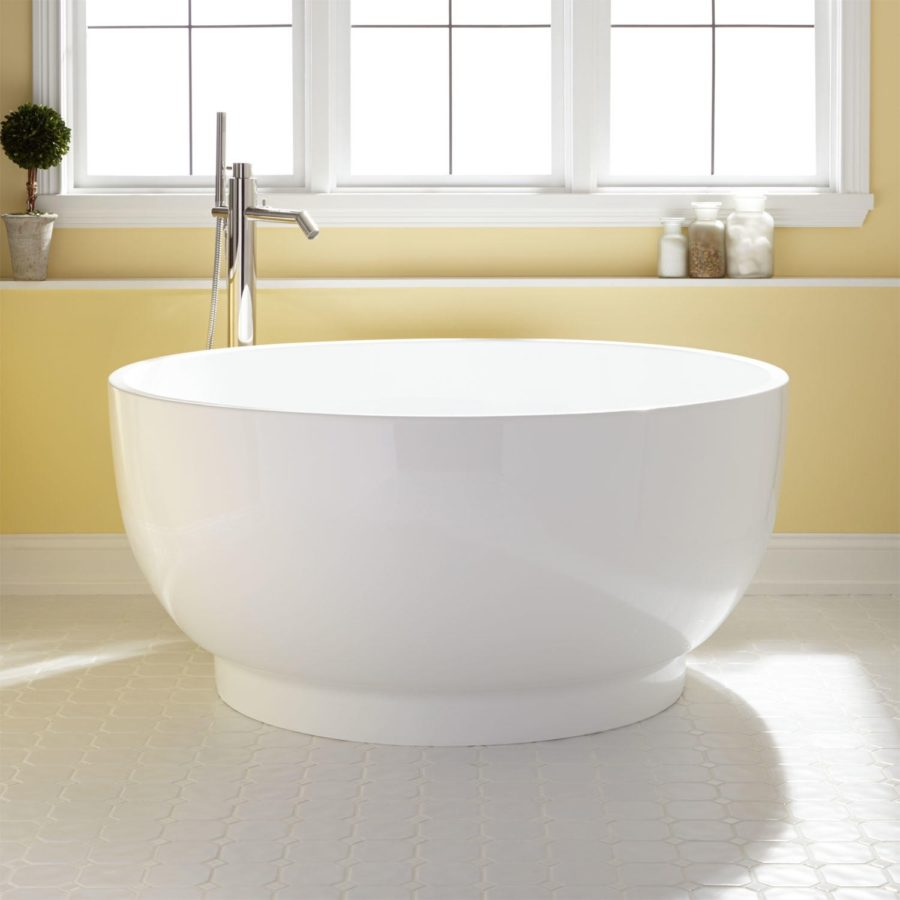 White-Acrylic-Japanese-Soaking-Tub-900x900-1